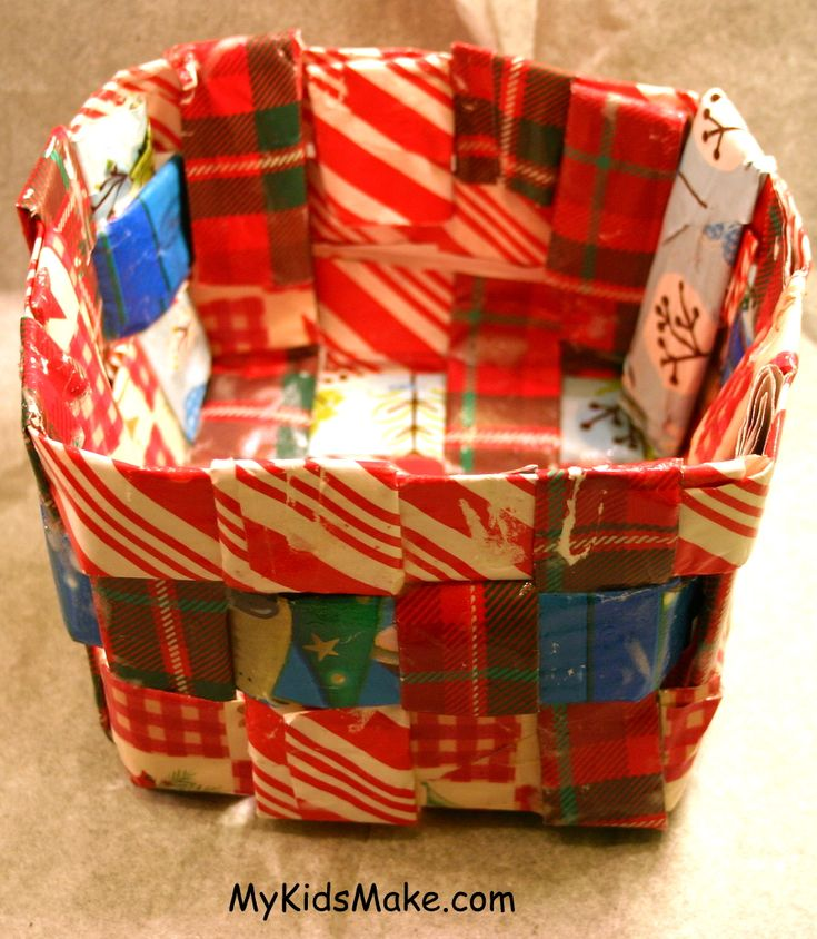 recycled wrapping paper basket homemade things pinterest. Black Bedroom Furniture Sets. Home Design Ideas