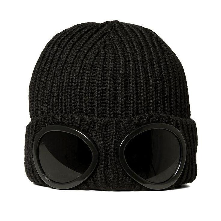 Company Goggle Beanie (Black).... bwahahahahahaha!!!! I think we