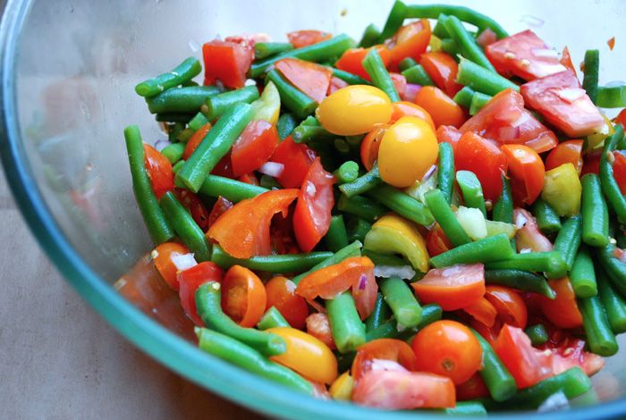 Green Bean and Tomato Salad - A perfect addition to any BBQ, picnic or Ladies Night Out :)