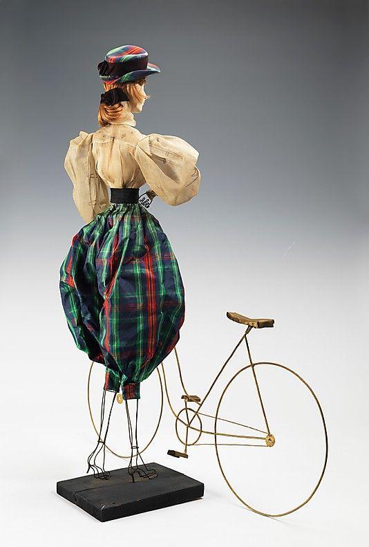 """Метрополитен-музей - """"1900 Кукла"""" Я хотел бы видеть эти куклы восстановлен и отображается в один прекрасный день."""