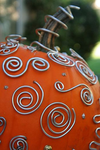 Wire decorated pumpkins