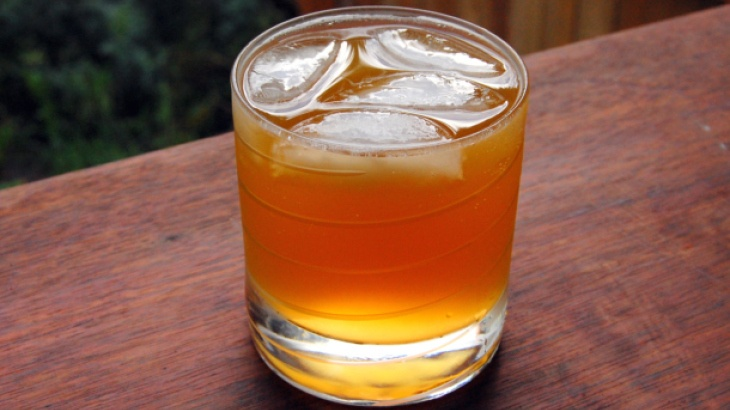 ... Fizz - 2 oz rum, 1 oz apricot nectar, lime juice, top with 3 oz ginger