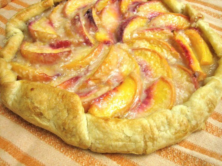 Peach galette | Desserts | Pinterest