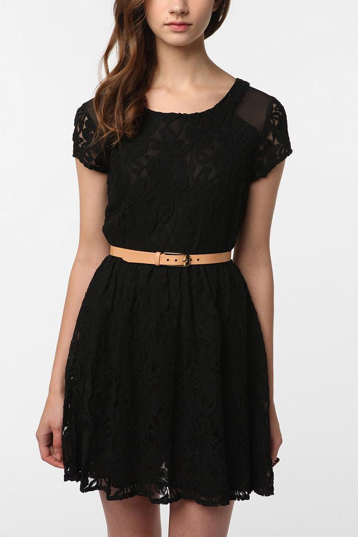Lace dresses are nice.
