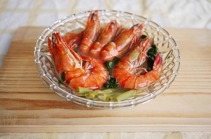 Shrimp Sinigang/Sinigang Na Hipon: an easy classic Filipino soup