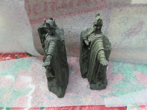 Lord of the rings argonath gatekeeper bookends statues 2002 sideshow - Argonath bookends ...