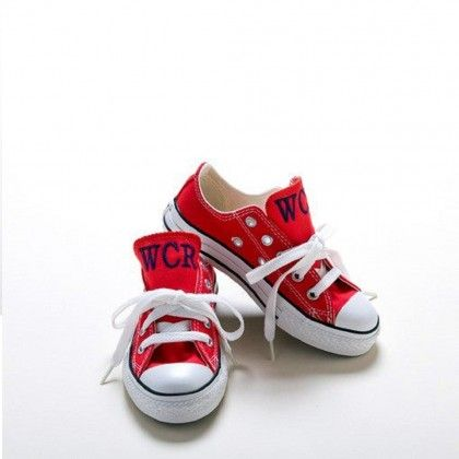 Customized Baby Gifts on Custom Baby Gifts Monogrammed Converse Sneakers   Buying For Baby