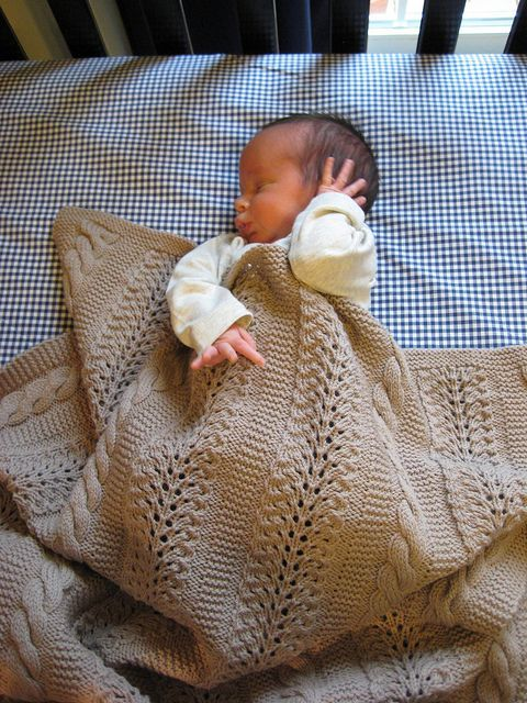Free Knitted Baby Blanket Pattern : Knitted - Baby blanket - Free pattern Blankets Pinterest