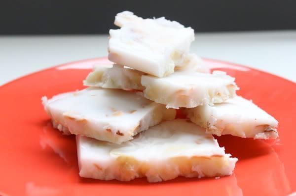 3 ingredient coconut macadamia bark
