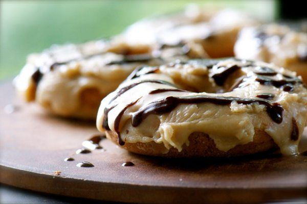 Vegan Recipe: Chocolate Caramel Doughnuts #yum