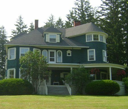 Pin by carrie wilson on homes pinterest for Victorian shingles