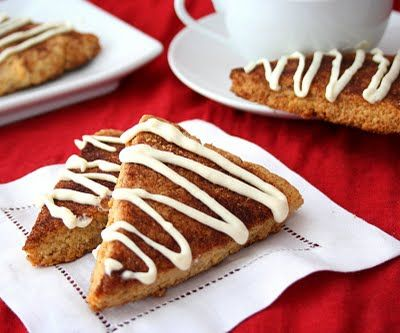 Easy Low Carb Cinnamon Roll Scones - get your cinnamon roll fix ...