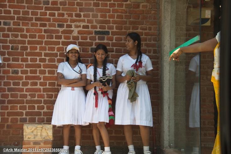 Sri lanka local priest 9
