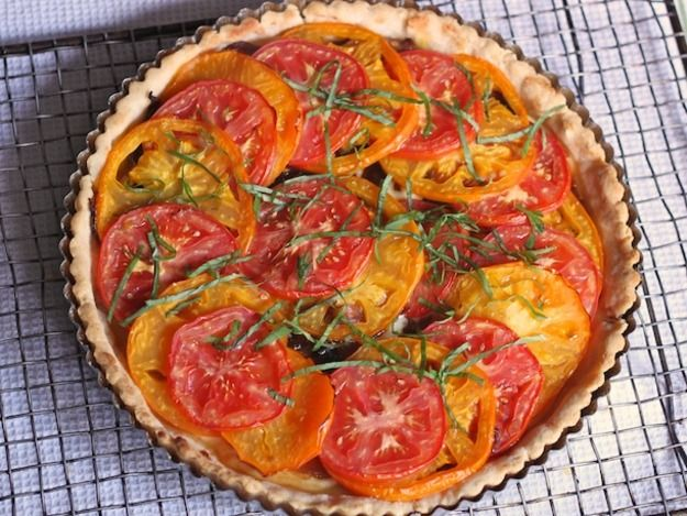 Gluten-Free Tuesday: Tomato Tart with Parmesan-Rosemary Crust | Recipe