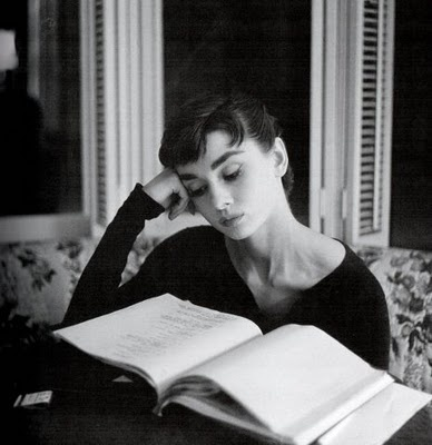 Pictures of famous silver screen actresses reading books