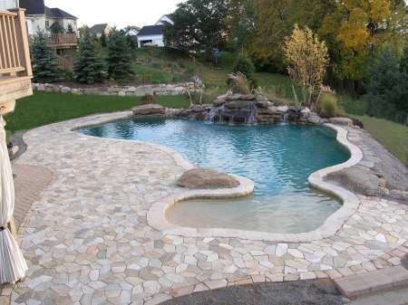 Love beach entry pools dream pools pinterest for Pool design with beach entry