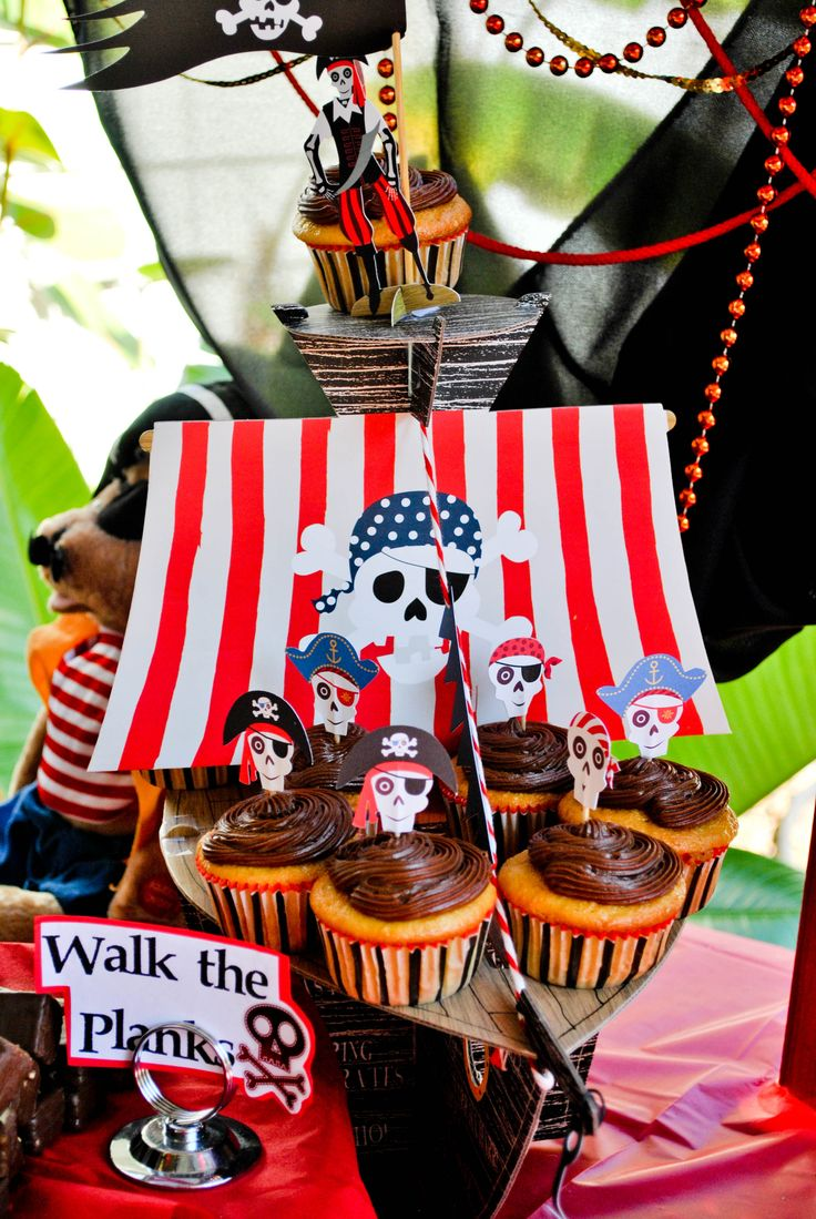 ... party dessert table | Pirate themed 2nd birthday party | Pinte