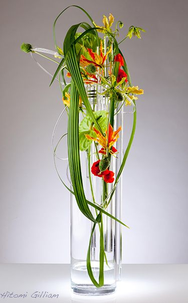 vase arrangement by hitomi gilliam floral art land art pinterest. Black Bedroom Furniture Sets. Home Design Ideas