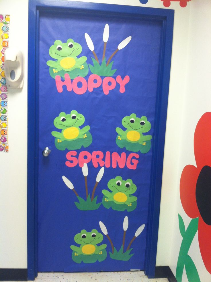 Spring door decoration miss carly 39 s classroom pinterest - Spring door decorations for school ...