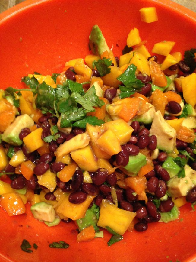 Mango, Avocado, Black Bean Salsa | How it all Vegan! | Pinterest