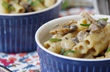 Slow Cooker Chicken Tetrazzini — Punchfork | Food & Drink ...