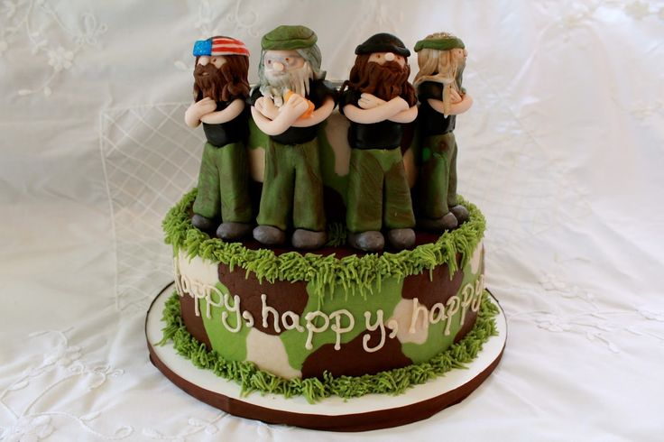 Sweet Biscuit Bakery: Duck Dynasty Cake!