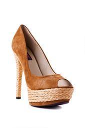 Mojo Moxy Shoes, Tropicana Pump in Camel