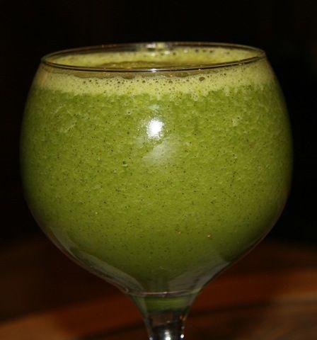 Cantaloupe Banana Spinach Green Monster *Cantaloupe *Soy milk (I used ...