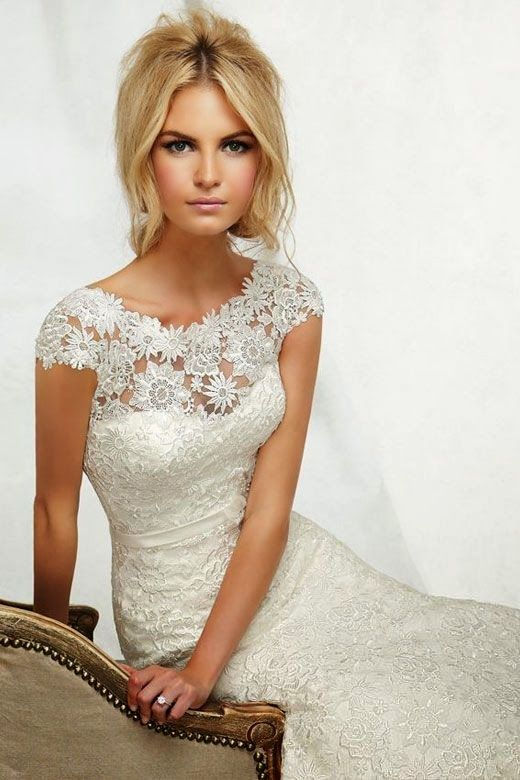 Lace wedding dresses daisy daisy wedding dresses for Daisy lace wedding dress