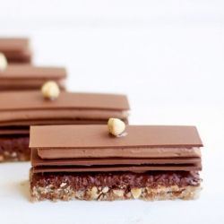 ... decadent milk chocolate, hazelnut & nutella dessert//...beauty