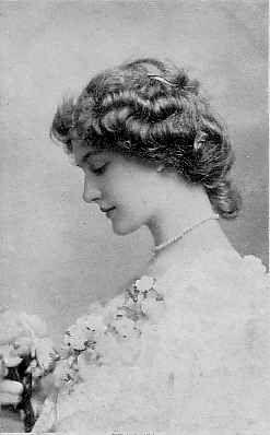 Lily Elsie. La femme la plus photographiée dans l'époque édouardienne.