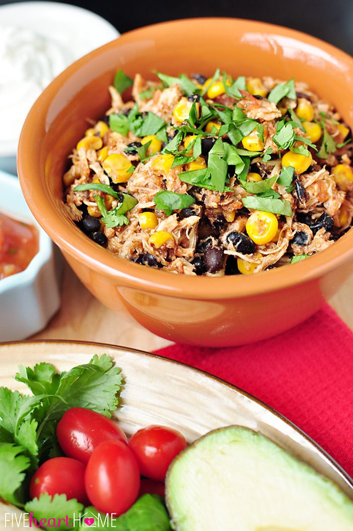 Slow Cooker Chicken and Black Bean Tacos ~ let your crock pot do all ...