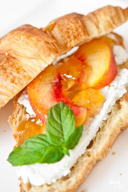 Peach and ricotta croissant | Yummy Breakfast and Brunch Recipes | Pi ...