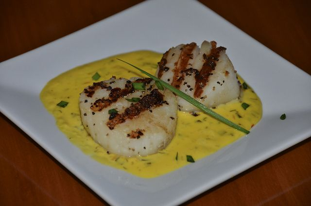 large sea scallops in saffron sauce 3 jpg saffron rubbed sea scallops ...