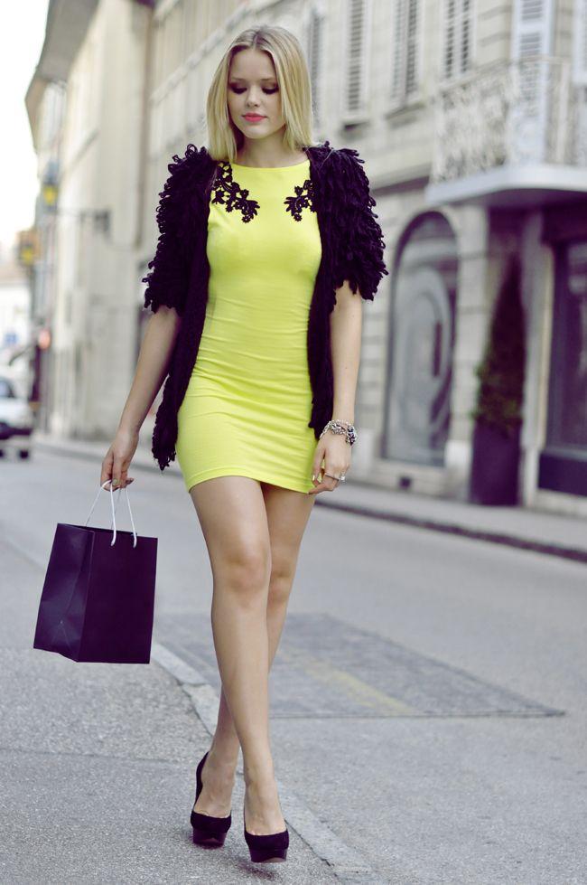 Nice yellow mini dress