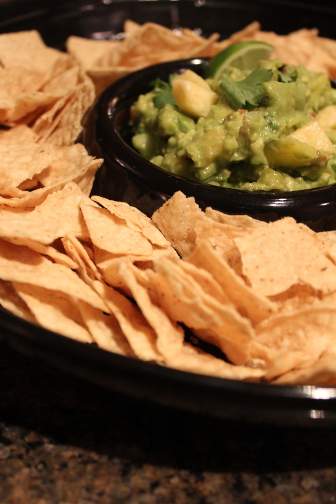 Roasted Tomatillo Pineapple Guacamole | I love to cook. I love to eat ...