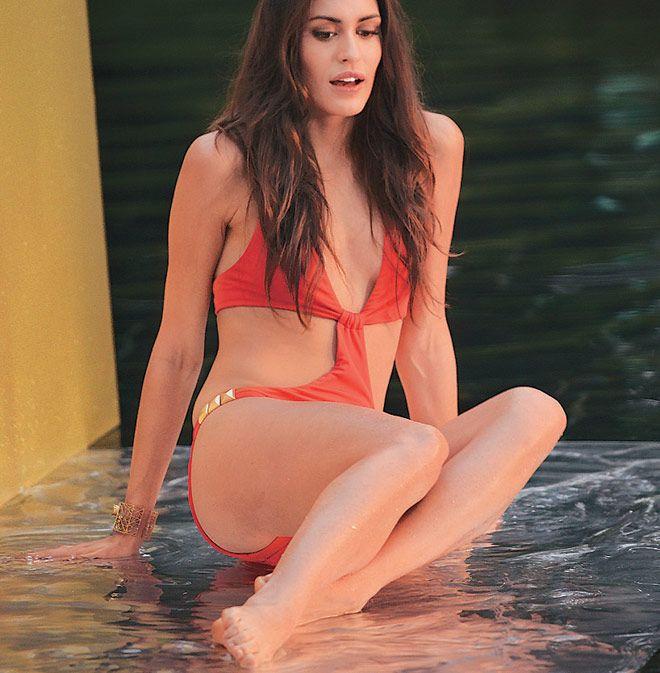 ... Calendar 2014 photo shoot. Hot looking model in swimsuit #Fashion #