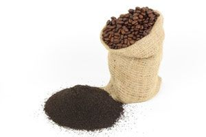 One-Minute Miracles to Save Your Skin   The Dr. Oz Show  Create a paste of coffee grounds and olive oil.  Gently massage into face and wipe away after 30 sec.  Anti-inflammatory and antioxidant properties while olive oil acts as moisturizer.
