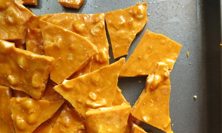 Gour-Maybe?: Macadamia, Cashew and Sea Salt Brittle - makes an easy ...