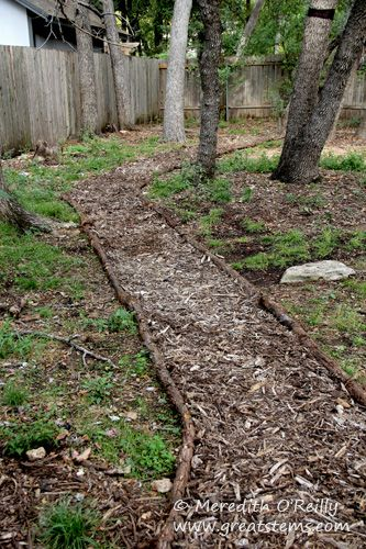 Mulch Path Backyard : mulch pathway ideas  Google Search  Yardens Lawn Ideas  Pinterest