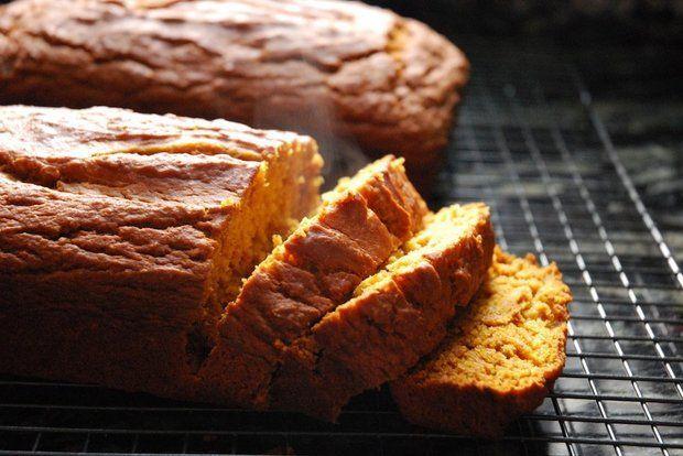 Vegan pumpkin bread cuts out dairy, not flavor