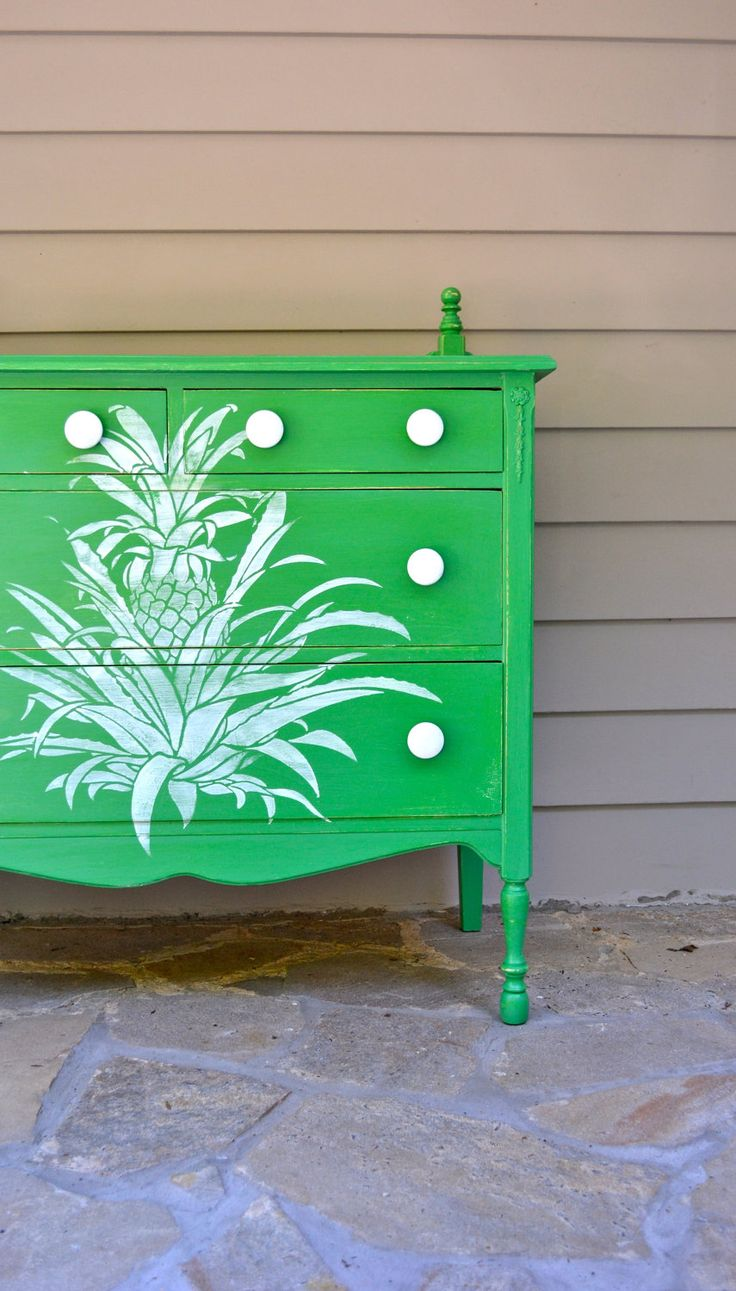 Green Chest of Drawers w/pineapple