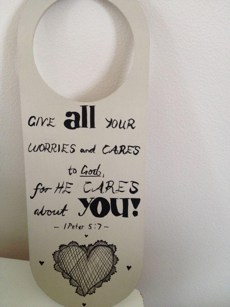 Door hanger quotes az art and craft bits pinterest for Door quotation