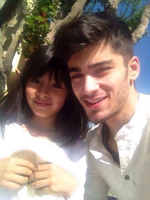 Zayn with a fan Zayn With A Fan