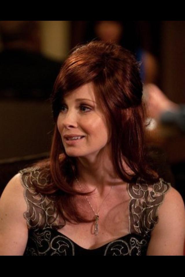 Love Kristina's wig on last week's Parenthood! Hot stuff ;)