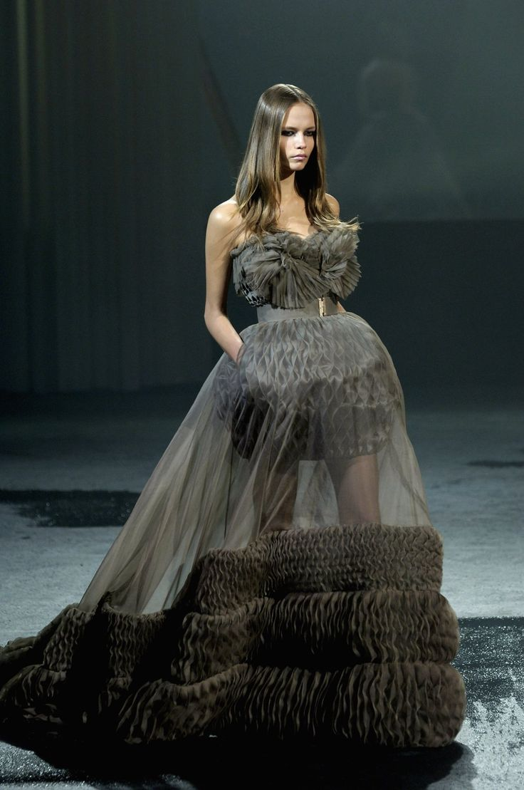 Givenchy haute couture my style pinterest for Where to buy haute couture dresses