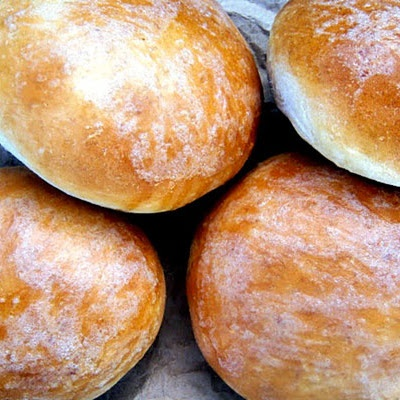 Beautiful Burger Buns- maybe if I made them myself they woudln't be as ...