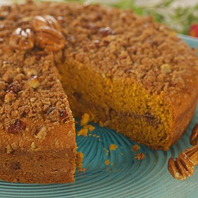 William's Sonoma Pumpkin Coffee Cake with Brown Sugar-Pecan Streusel ...