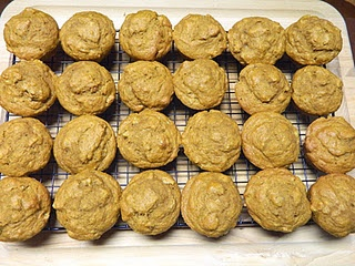 Pumpkin Nut Sourdough Muffins | Recipes to try: Sweets | Pinterest
