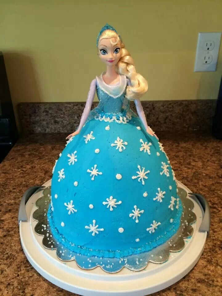 Frozen doll cake. Beautiful cakes Pinterest